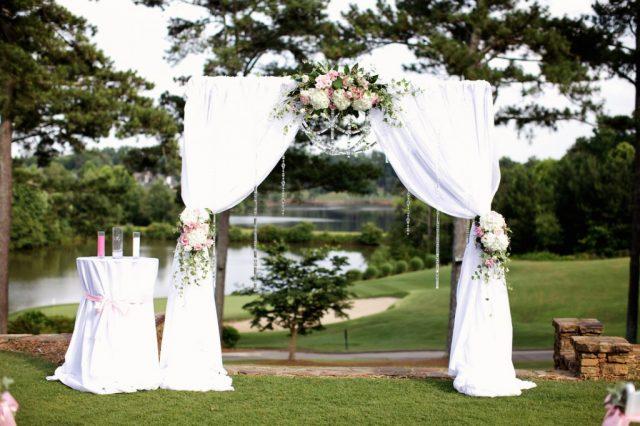 Những cách trang trí cổng hoa cưới đẹp cho lễ cưới