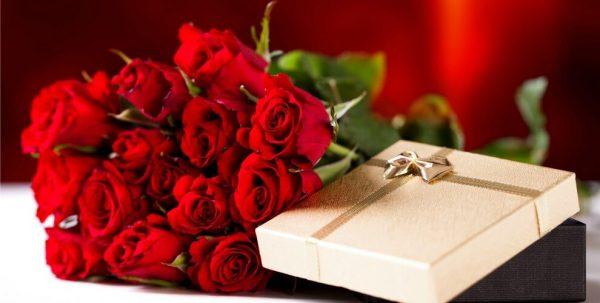 Ý nghĩa 11 bông hồng đỏ, bạn có biết?